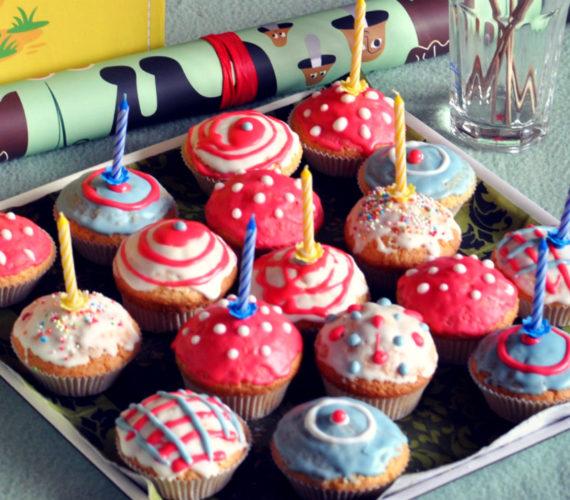 Bunte Muffins für Kindergeburtstag