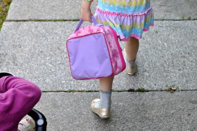 Auf dem Weg zum Kindergarten