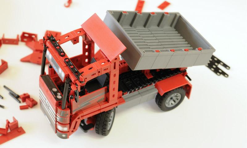 3_Aufbau_Trucks_Kipplaster_fischertechnik
