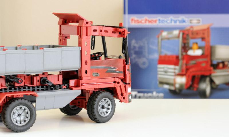 Truck_Kipplaster_fischertechnik_aufgebaut_Verpackung