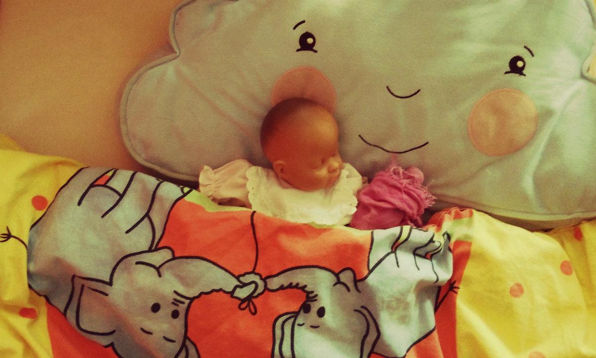 Bin ich eine schlechte Mutter, weil ich mein Kind alleine einschlafen lassen?
